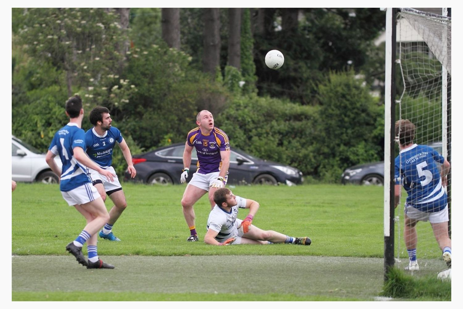Seniors draw against Skerries