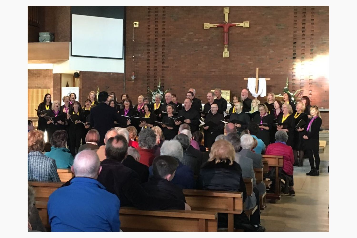 "Kilmacud Crokes Choir Performas at "" All in and April Evening""  April 29th In Support of laura Lynn"