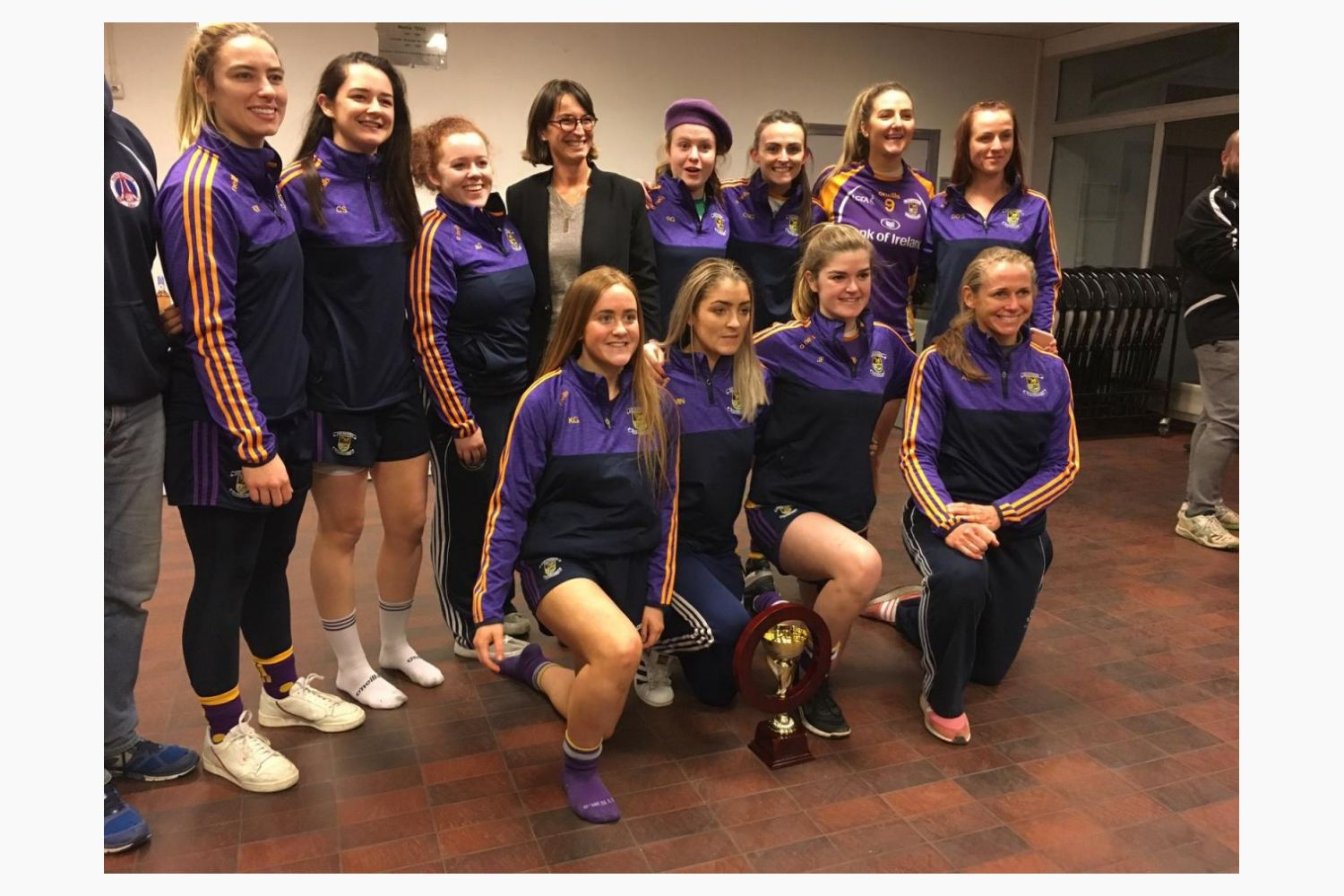Ladies Intermediate Team Visit France to Play in Paris Gaels Tournament